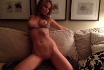 Jennifer Lawrence Naked 001 colegialasreales.com