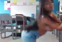 Colesitas bailando 003 colegialasreales.com